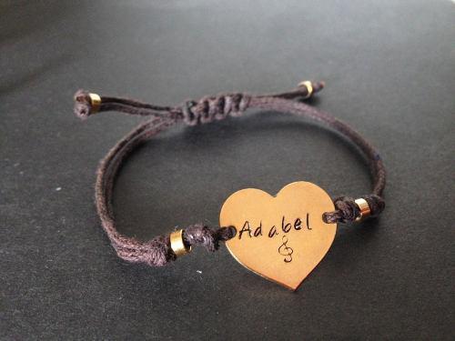 Pulsera Corazón Personalizada Dorada @somosgalu