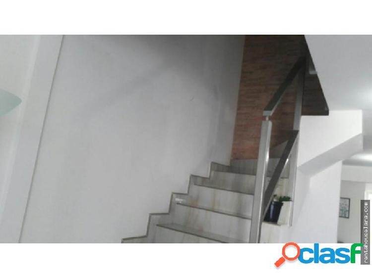Se Vende Bella Casa en La Ensenada 18-7327
