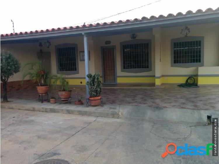 Se Vende Casa en La Piedad Norte Cabudare 18-2953