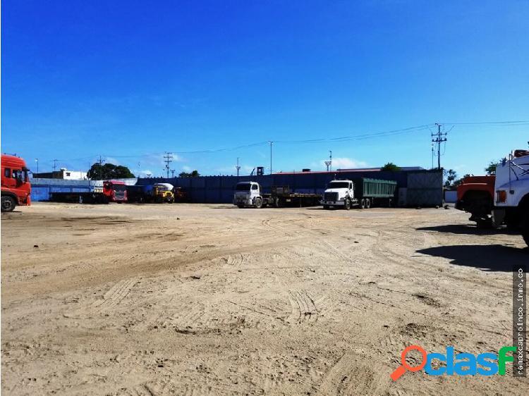 Terreno Industrial y Comercial en Puerto Cabello.