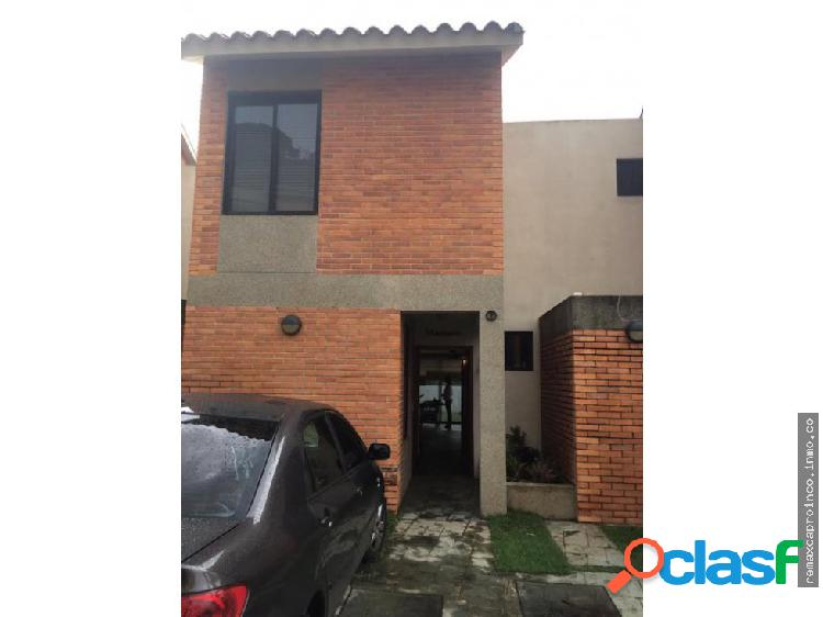 Town House en Altos de Guataparo
