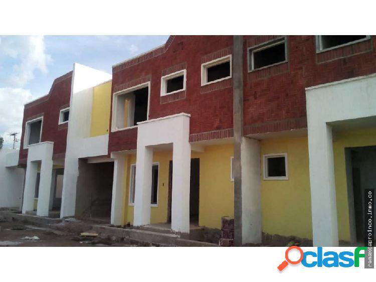 Town House en Villas Don Diego en Maracay