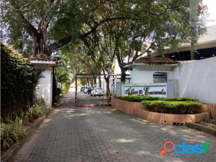 Townhouse en Venta Manongo CV 18-11086