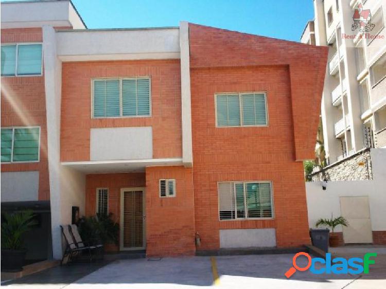 Townhouse en Venta Manongo CV 18-5294
