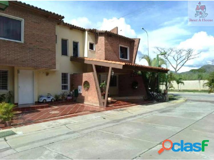 Townhouse en Venta Villa Jardin PT 18-14095
