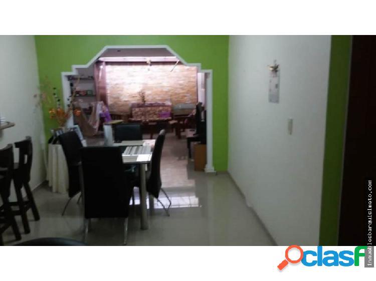 Vendo Casa Bosques de Camoruco 18-12534