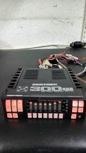 Ecualizador Sentrek Modelo Saq-7400 Con Amplificador