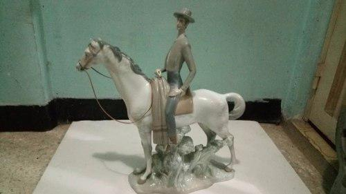 Porcelana Lladró, Jinete Andaluz
