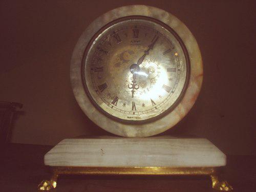 Reloj De Mesa De Onix Marca Xavier London England Patas Dora
