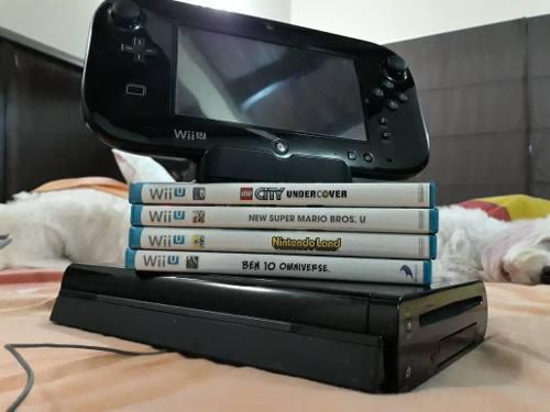 Nintendo Wii U Deluxe 32gb (Version Negra) + 4 Juegos Usada