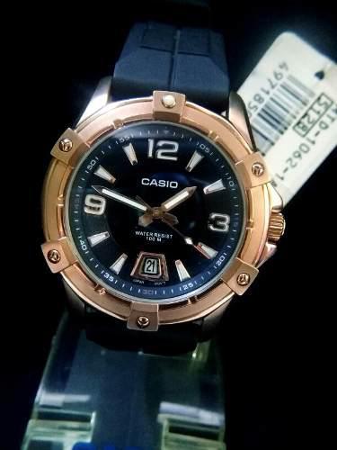 Reloj Casio Original De Hombre Dorado En Goma Con Fecha Nuev
