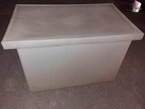 Tanque Rectangular Blanco De 350 Litros.