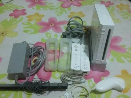 Consola De Nintendo Wii Sport Con 2 Cotroles