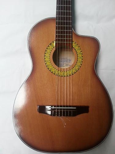 Guitarra Clasica Acustica Media Luna - Cutaway - Datemusica