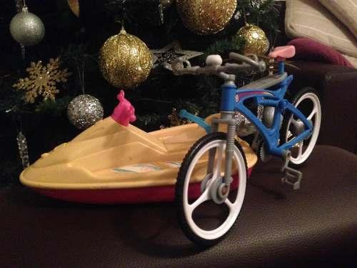 Moto De Agua Y Bicicleta De La Barbie