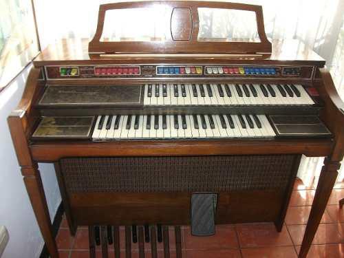 Organo Thomas