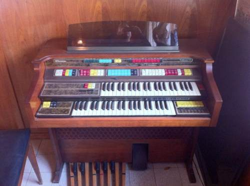 Organo Thomas California