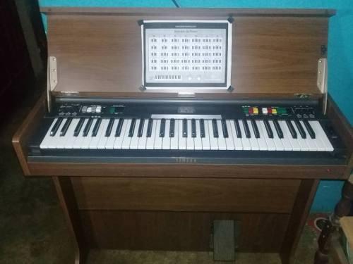 Organo Yamaha Modelo Cn/70