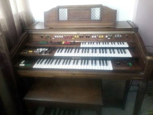 Organo Yamaha Tres Teclados
