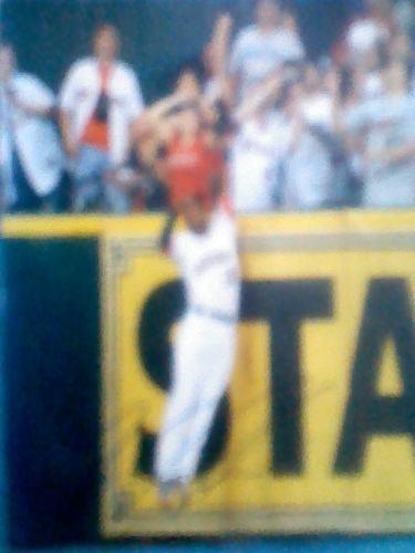 Foto Autografiada Por A.j.hoes Con Los Astros