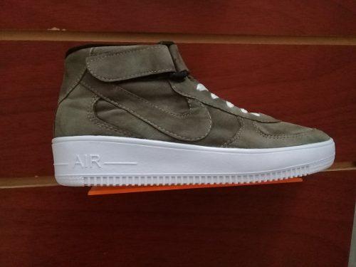 93393ca603604 Zapato deportivo nike corte alto