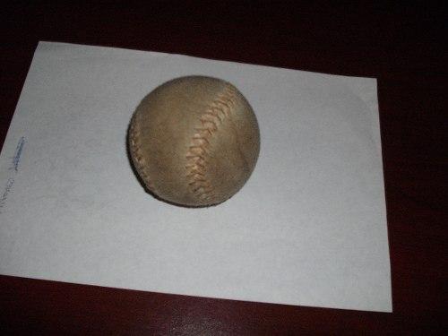 Pelota De Softbol Usada