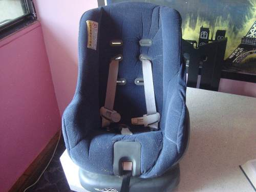 Silla De Carro Para Bebé Marca Cosco - Como Nueva