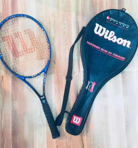 Raqueta De Tenis Wilson Titanium Con Estuche