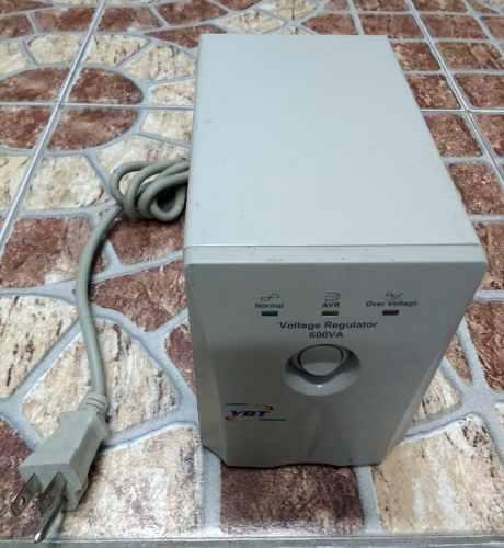 Regulador De Voltage 600va Ybt Para Computadora Usados Garan