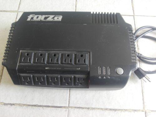 Regulador De Voltaje Forza Computadoras, Electrodomésticos