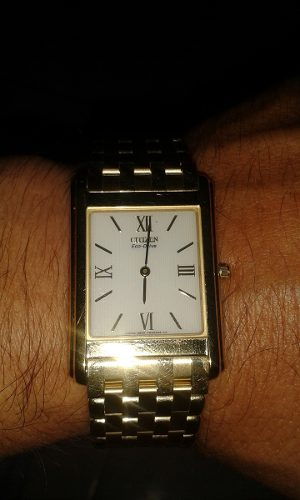 Reloj Citizen Original Eco Drive Caballero Con Baño De Oro