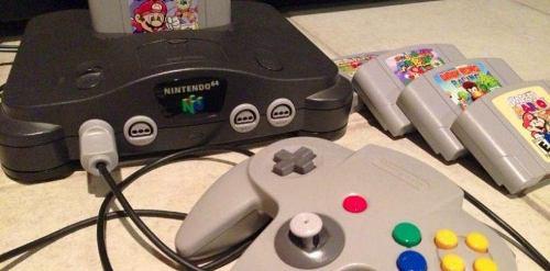 Nintendo 64 (cables + 2 Controles + 1 Juego)