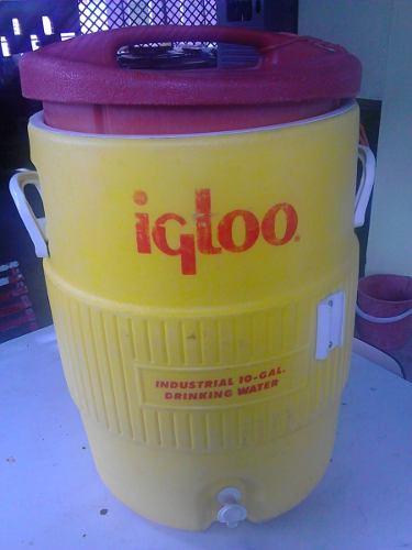 Termo/enfriador Igloo 10 Gal (servicio Industrial)