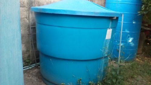 Tanque Para Agua Marca Decoglass De  Litros.