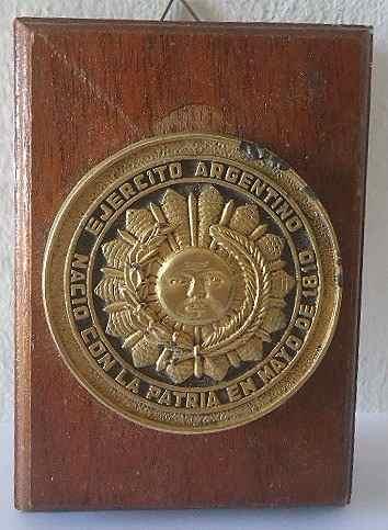 Antiguo Escudo Ejercito Argentino En Bronce! Reconocimiento!