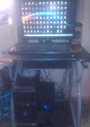 Computadora De Mesa Dual Core, 3gb De Ram Y 500gb Disco Duro