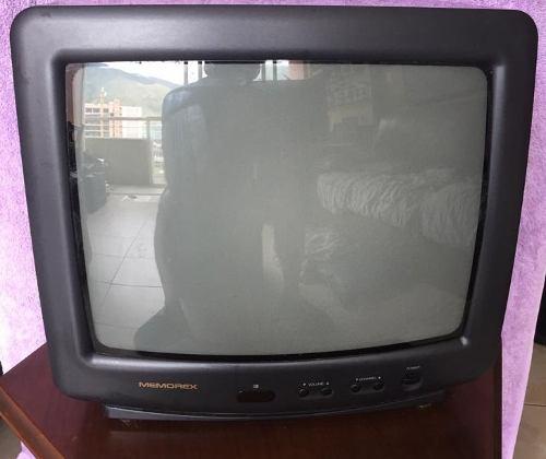 Tv De 14 Pulgadas Marca Memorex Con Control Remoto