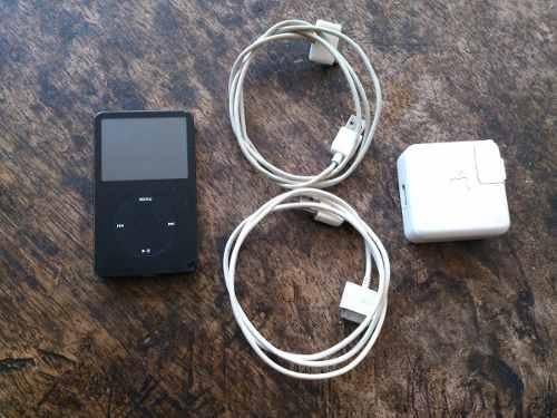 Ipod Classic De 30gb Con Cargador Y Cables