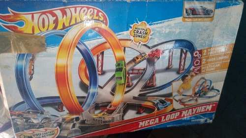 Pista Hotwheels Mega Loop Mayhem Negociable