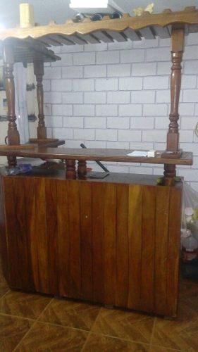 Bello Bar De Madera Saman