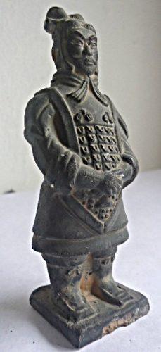 Antigua Escultura Soldado De Terracota De La Dinastía