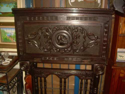 Antiguo Bargueño Español Tallado En Madera De Caoba