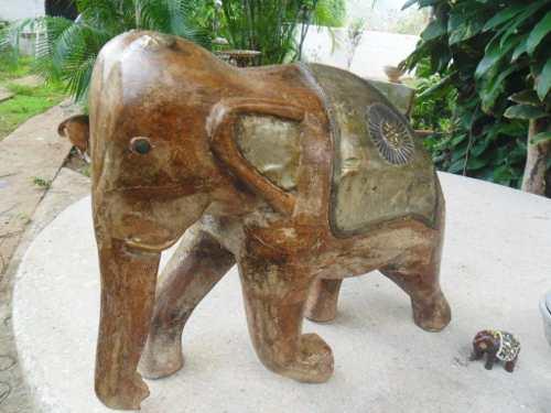 Elefantes Madera Con Resaltados En Metal De Bronce,ébano