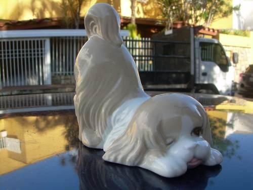 Figura De Porcelana Marca Poccy Perro Jugueton Made In Spain