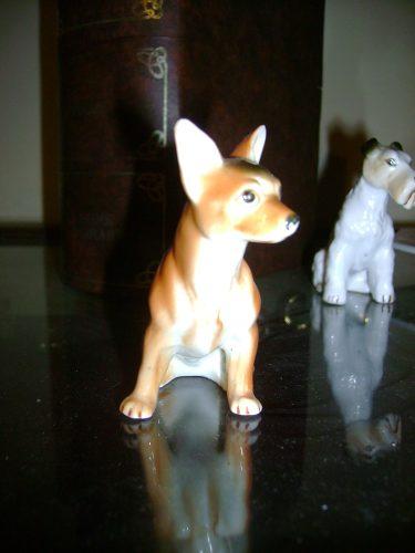 Figura De Porcelana Perro Chiguagua Marro Buen Estado