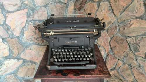 Maquina De Escribir Antigua Años 40