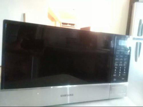 Microondas Samsung Usado En Buen Estado. Detalle Menbrana