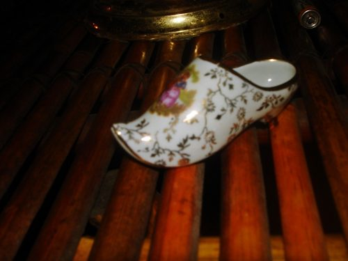 Zapatilla En Miniatura Porcelana Limoges Frances Color Blanc
