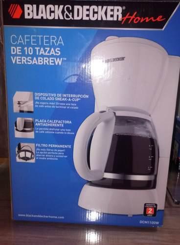 Cafetera 10 Tazas Blanca Filtro Permanente Black & Decker