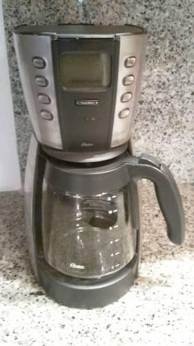 Cafetera Programable 12 Tazas Oster 4281